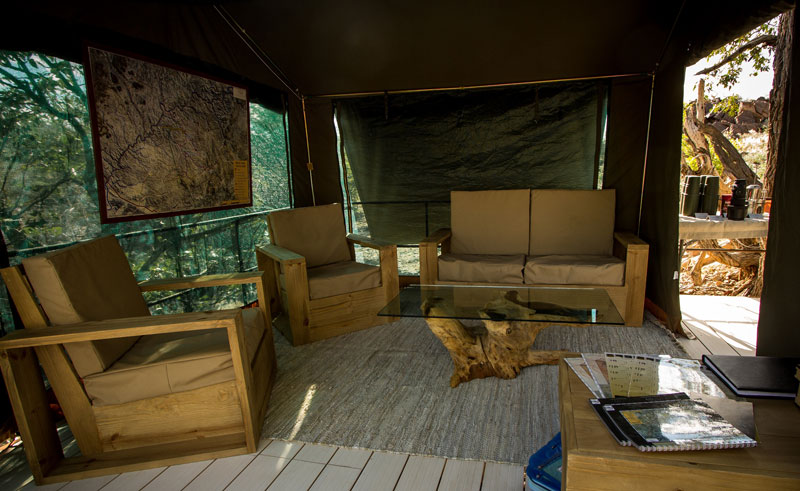 huab under canvas lounge