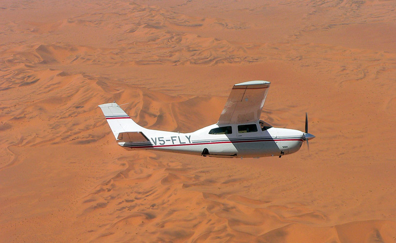 namibia skeleton coast scenic flight plane