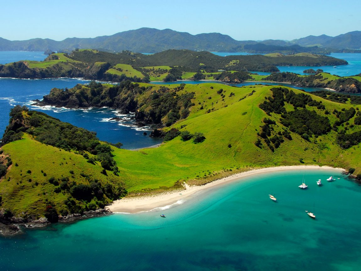 new zealand northland waewaetorea passage bay of islands adstk