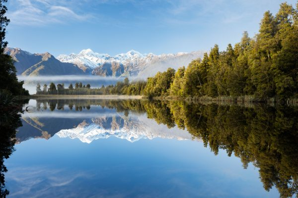 new zealand west coast reflection lake matheson mt cook istk