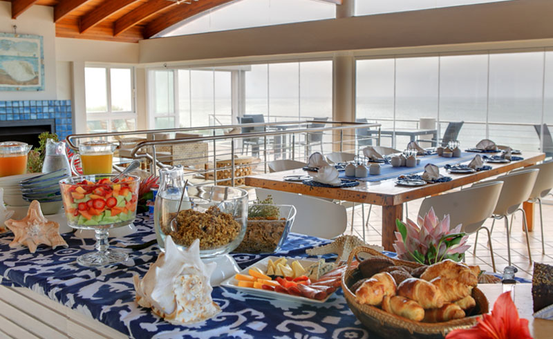periwinkle guest lodge dining