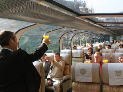 rocky mountaineer gold leaf service carriage