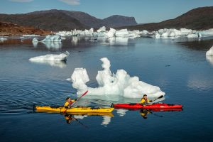 south greenland kayakers icebergs sermilik fjord vgrnlnd mp