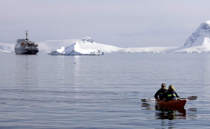 antarctica kayaking and ship ocnwde