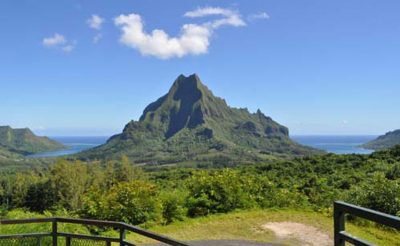 french polynesia moorea circle island tour belvedere lookout