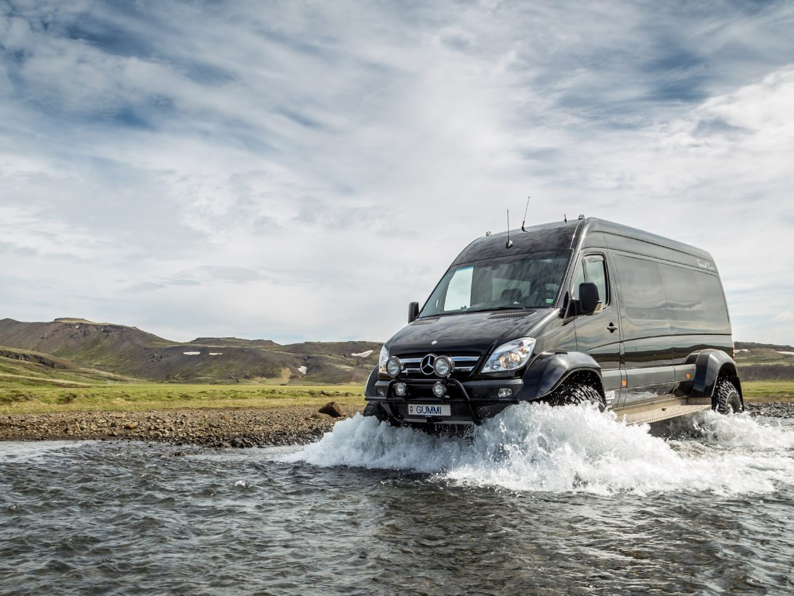 iceland 4wd mercedes supertruck river crossing ggt