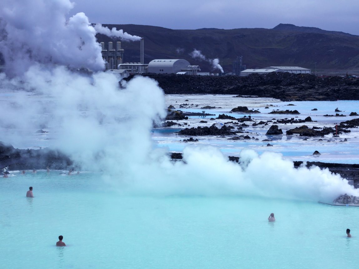 iceland south west blue lagoon power plant view istk