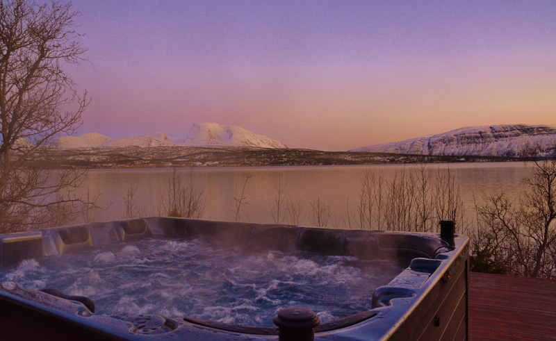 northern norway malangen jacuzzi dusk