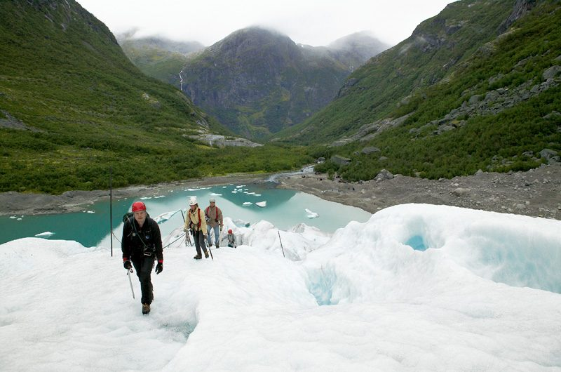 norway school trip glacier hike