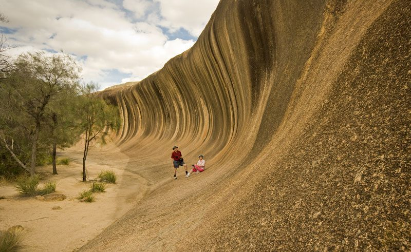wa esperence wave rock