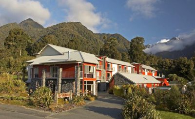 distinction fox glacier exterior