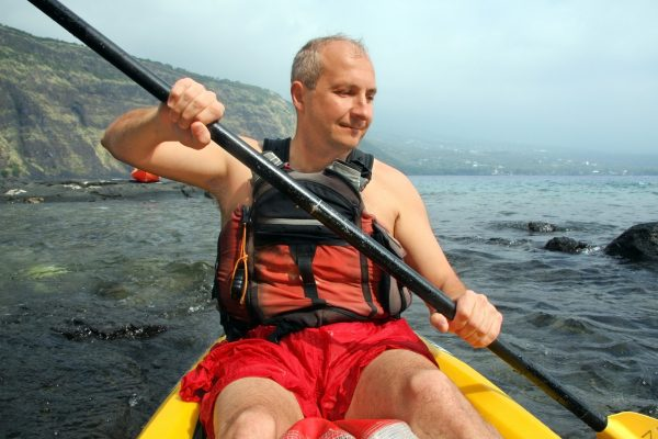 hawaii man kayaking istk