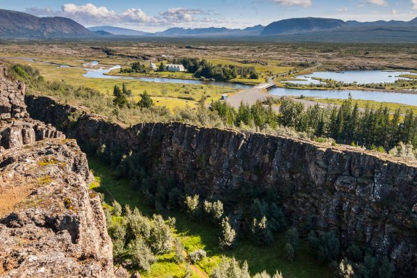 iceland south west thingvellir rift and view istk