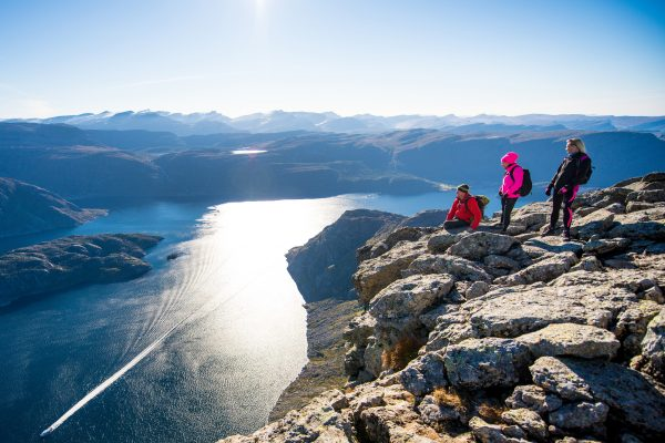 norway fjords hornelen with hikers knth fjdnge