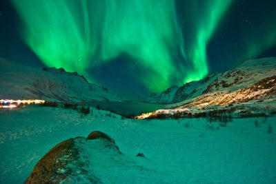 norway northern aurora over tromso surrounds istk