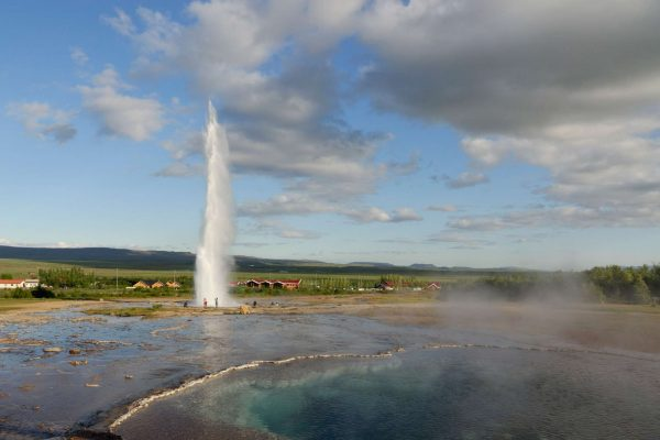 iceland south west strokkur geysir distance istk 1