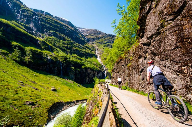 norway fjords flam cyclists and waterfall vflm sh