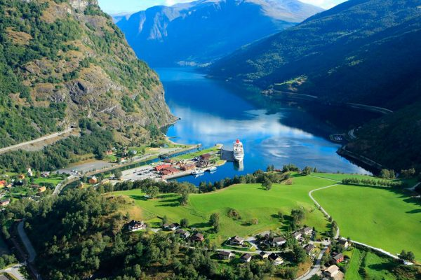 norway fjords flam view summer vflm hmv