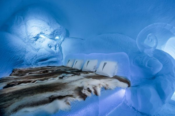 swedish lapland icehotel28 art suite king kong