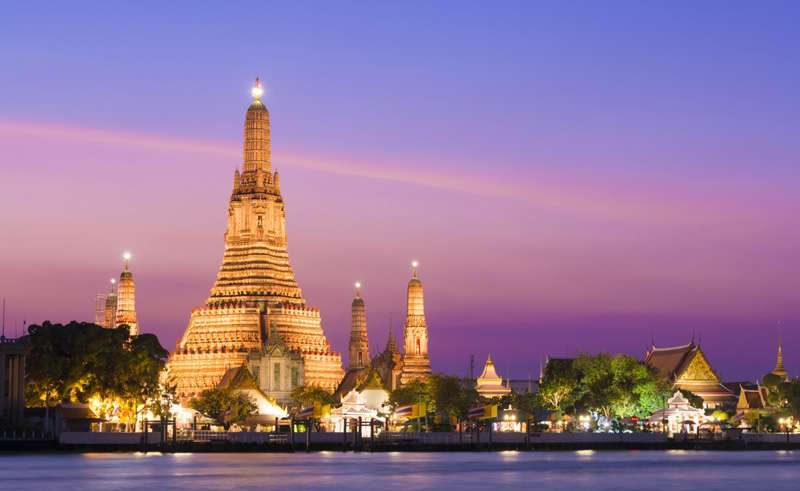bangkok watarun temple twilight istk