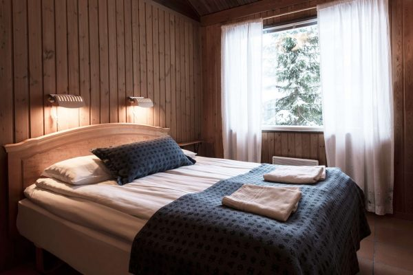 arctic chalet double bed jbroberg