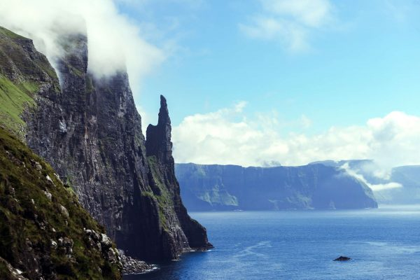 faroe islands vagar trollkonufingur witches finger istk