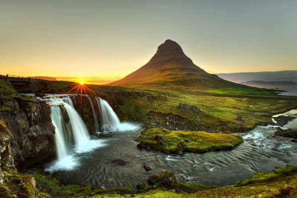 iceland snaefellsnes kirkjufell beautiful sunset istk