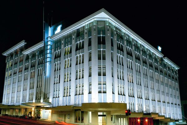 auckland heritage hotel exterior