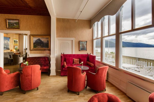 fjords kviknes hotel red lounge with view