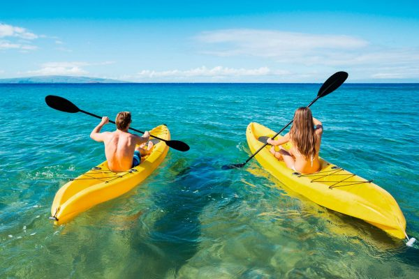 french polynesia couple kayaking istk