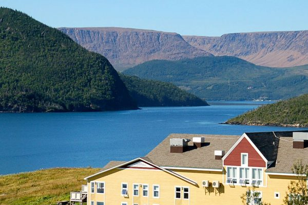 newfoundland neddies harbour inn view of the table lands gros morne