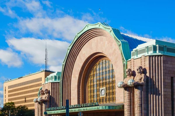 finland helsinki train station front istk