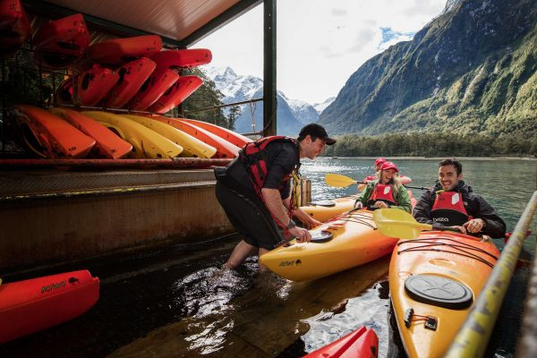 milford sound kayak station sthndisc