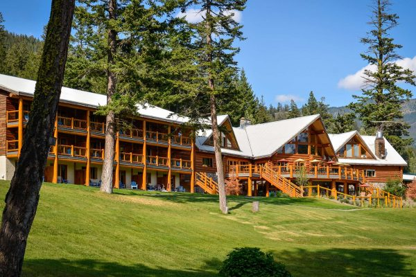 british columbia tyax lodge exterior