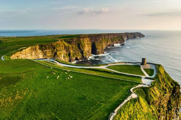 ireland cliffs of moher co clare istk