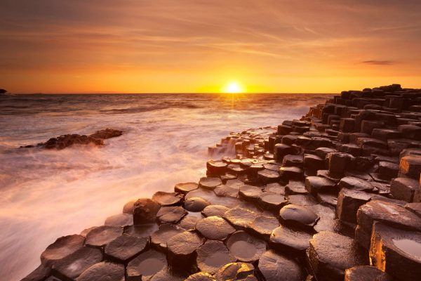 ireland giants causeway sunset istk