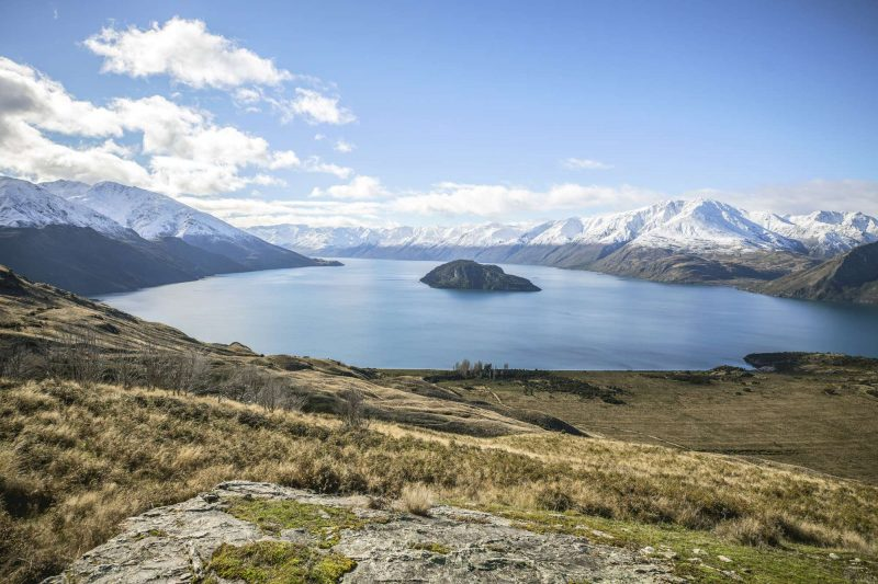 new zealand view over lake wanaka tnz