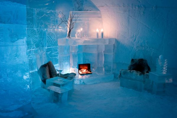 sorrisniva igloo hotel ice lounge